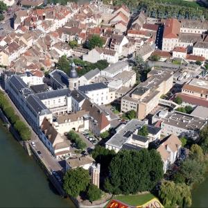 Etude de programmation pour la restructuration du site de l'ancien Hôpital sur l'Ile Saint-Laurent à Chalon-sur-Saône